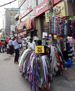 Wholesale Textile Market In Gurugram List Of Cheap Rate Garment Bazaar In Gurgaon
