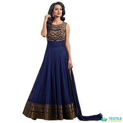Gowns Manufacturers & suppliers in Ludhiana, Punjab, India