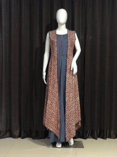 Designer Printed Kurti With Shrug