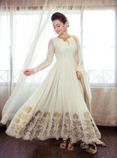 FABLIVA OFF WHITE BEIGE EMBROIDERED GEORGETTE SEMI STITCHED ANARKALI SUIT