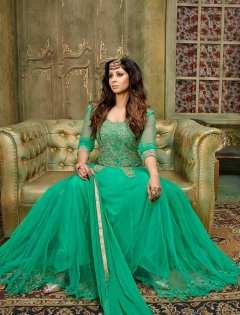 FABLIVA GREEN EMBROIDERED SILKY NET SEMI STITCHED ANARKALI SUIT